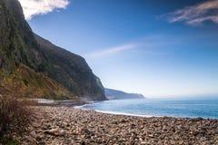马德拉岛海岛美丽的海岸  免版税库存图片