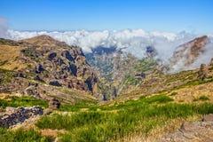马德拉岛海岛,葡萄牙 高峰Ariero, Pico Arierio 山la 免版税库存图片