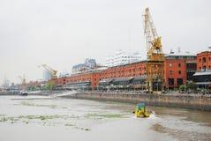 马德罗港天视图在布宜诺斯艾利斯阿根廷 免版税库存照片