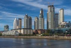 马德罗港,布宜诺斯艾利斯看法  免版税图库摄影