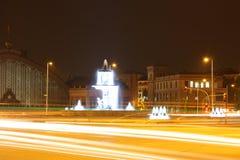 马德里市在晚上(光) 库存照片