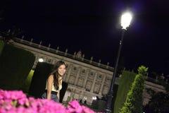马德里晚上妇女 免版税库存照片
