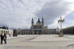 马德里的大教堂 免版税库存图片