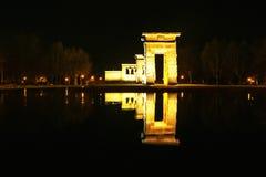 马德里西班牙 Debod寺庙夜视图  库存图片