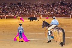 马德里,西班牙- 9月18 :斗牛士和公牛在斗牛在S 库存图片