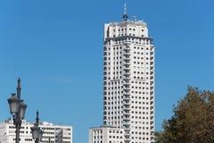 马德里,西班牙- 11月13 :马德里塔摩天大楼 库存图片