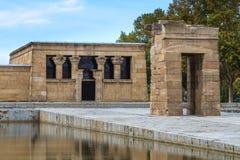 马德里, Debod古老埃及寺庙  库存照片