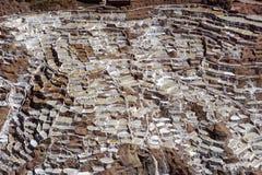 马拉什,秘鲁:前印加盐舱内甲板 盐旅行印加人 图库摄影