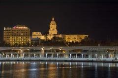 马拉加小游艇船坞在晚上 免版税库存照片