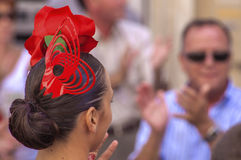 马拉加,西班牙- 8月, 14 :佛拉明柯舞曲样式礼服的舞蹈家在t 库存照片