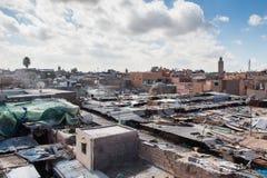 马拉喀什,摩洛哥屋顶和房子  免版税库存图片