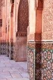马拉喀什,摩洛哥2016年3月03日:由从所有世界的游人拜访在马拉喀什的本优素福马德拉斯 本Yous 免版税图库摄影
