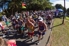 马拉松运动员公共汽车   免版税图库摄影