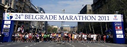 马拉松运动员起始时间 库存图片
