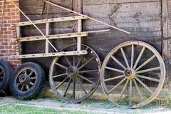 马推车的老木轮子 露天博物馆在各种各样地方 库存图片