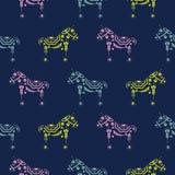 马无缝的样式有花卉装饰剪影纹理蓝色背景 库存例证