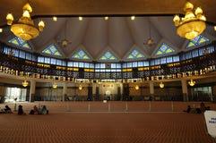 马来西亚全国清真寺Masjid Negara亦称内部  库存照片