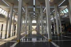 马来西亚全国清真寺Masjid Negara亦称柱子  库存照片