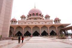 马来西亚清真寺putra 免版税库存照片