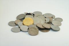 马来西亚硬币的银和金子颜色 免版税库存图片