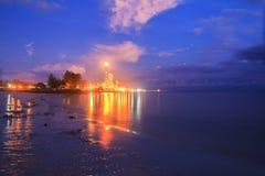 马来西亚 在天然碱甲醇纳闽的日落 免版税库存照片