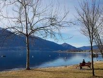 马焦雷湖视图在洛枷诺,瑞士 免版税库存照片