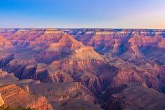 从马瑟点的大峡谷日出 免版税库存照片