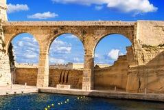 马耳他,比尔古,在堡垒St安吉洛附近成拱形 库存图片