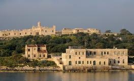 马耳他,瓦莱塔美丽如画的海湾  库存照片