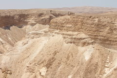 从马萨达城堡废墟-以色列的沙漠视图 免版税库存图片