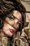 马赛克女孩,被用完的马赛克 免版税库存照片