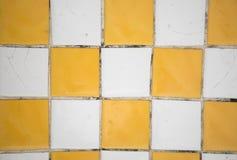 马赛克黄色和白色纹理背景 免版税库存图片