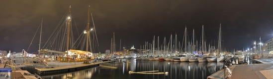 马赛港口在晚上 免版税库存图片