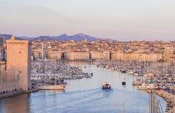 马赛,法国老Vieux港,日落的 免版税图库摄影