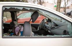马赛/法国- 03 20 2017年汽车玻璃是brocken 免版税库存图片