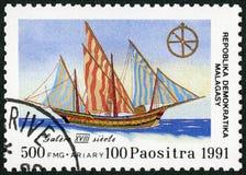 马达加斯加人的共和国- 1991年:致力于在美国的发现的上500th周年,展示船上厨房, 18世纪 库存图片