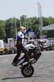 马达自行车杂技 免版税图库摄影