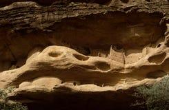 马里、非洲- Dogon村庄和典型的泥大厦 图库摄影