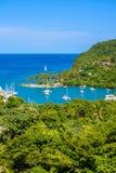 马里戈特海湾,圣卢西亚,加勒比 热带海湾和海滩在异乎寻常和天堂风景风景 找出马里戈特海湾  免版税库存照片