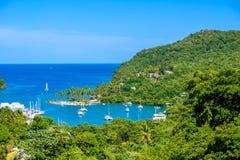 马里戈特海湾,圣卢西亚,加勒比 热带海湾和海滩在异乎寻常和天堂风景风景 找出马里戈特海湾  图库摄影