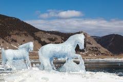 马,从冰的一个雕塑 库存图片