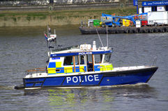 驯服河警小船伦敦 免版税库存图片