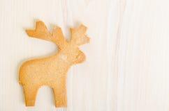 驯鹿形状的圣诞节曲奇饼 免版税库存照片