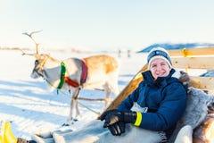驯鹿徒步旅行队 免版税图库摄影