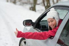 驱动在冬天 图库摄影