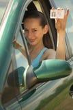 驱动许可证妇女 免版税库存照片