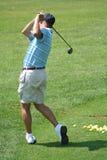 驱动高尔夫球运动员实践 库存图片