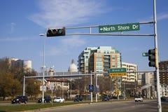 驱动麦迪逊北部岸 免版税图库摄影