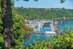 驳船和小游艇船坞2 库存图片