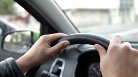 驾车的一个人汽车通过街道 影视素材